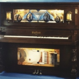 stafford musical piano mogano rid